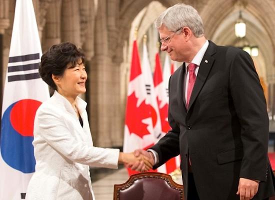 Canada and South Korea Sign a Free Trade Deal