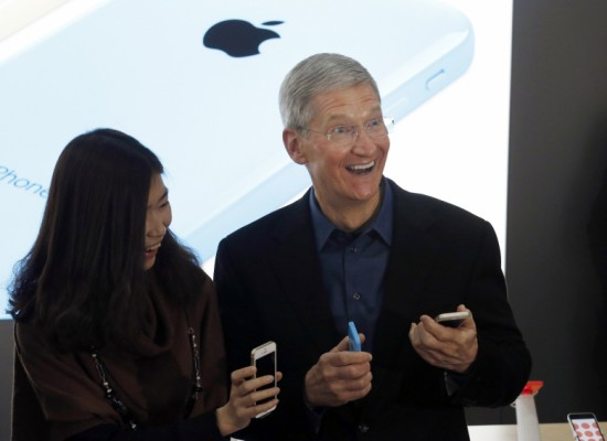 Apple Pay Could Entice Shoppers To Spend More