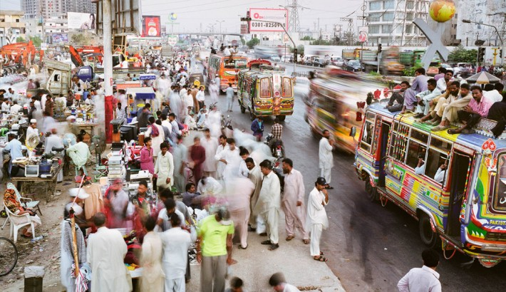 Pakistan's rural population falls amid rapid urbanization