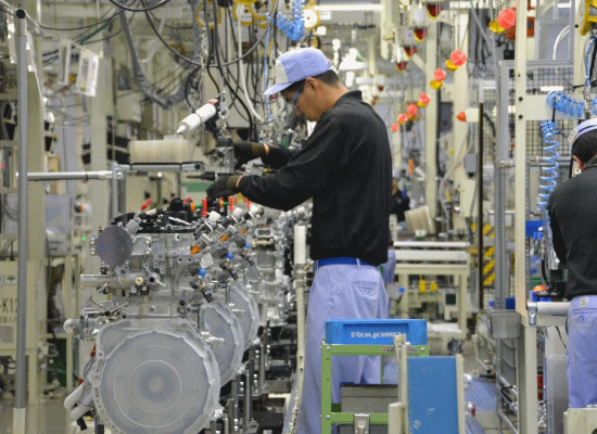 Japan Manufacturing Gives Latest Sign 'Abenomics' Faltering