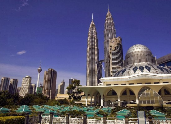 The Growth of Muslim Travelers