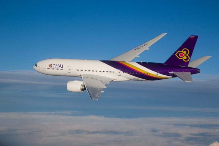 Boeing Considers Stretching B777