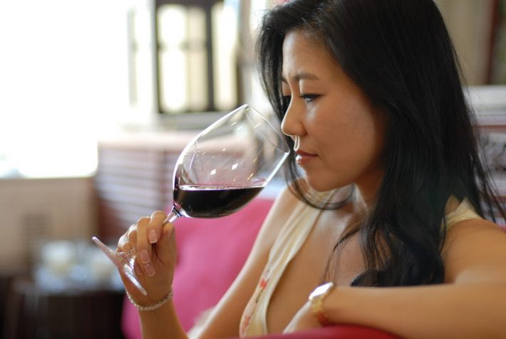 Chinese wine-tasting team scores surprise victory in France