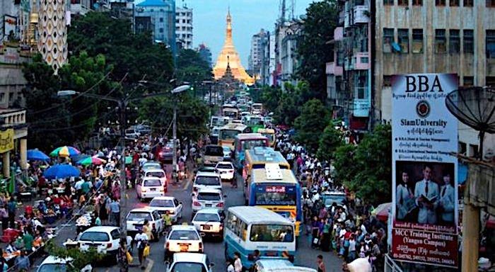 Taxi Hailing App 'Grab' Beats Uber to Myanmar