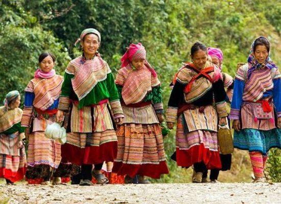 How a Chef Promotes Hmong Culture Through It's Cuisine